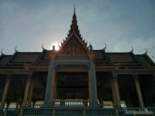 Phnom Penh - royal palace gate 2