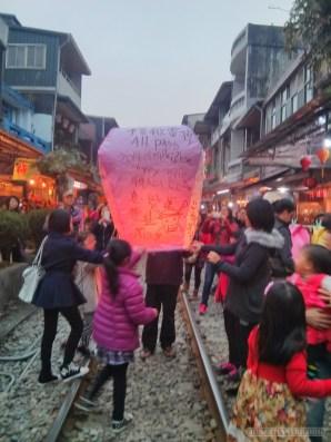 Pingxi - sky lantern let go