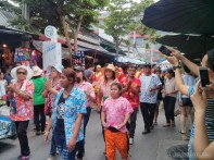 Songkran in Bangkok - Chatuchak parade 1