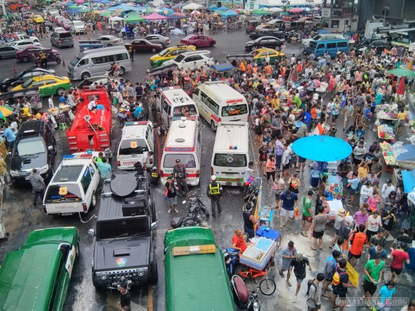 Songkran in Bangkok - Silom from above 30