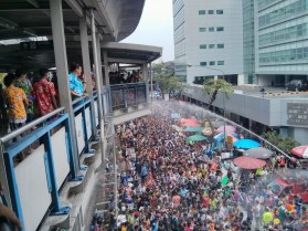 Songkran in Bangkok - Silom from above safe from water 1