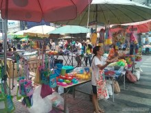 Songkran in Bangkok - water guns for sale 4