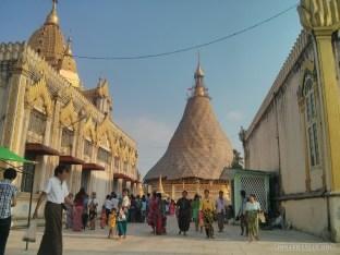 Yangon - Botahtaung pagoda 3