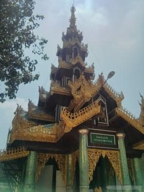 Yangon - Shwedagon pagoda 15