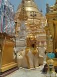 Yangon - Shwedagon pagoda 27