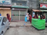 Yangon - monks
