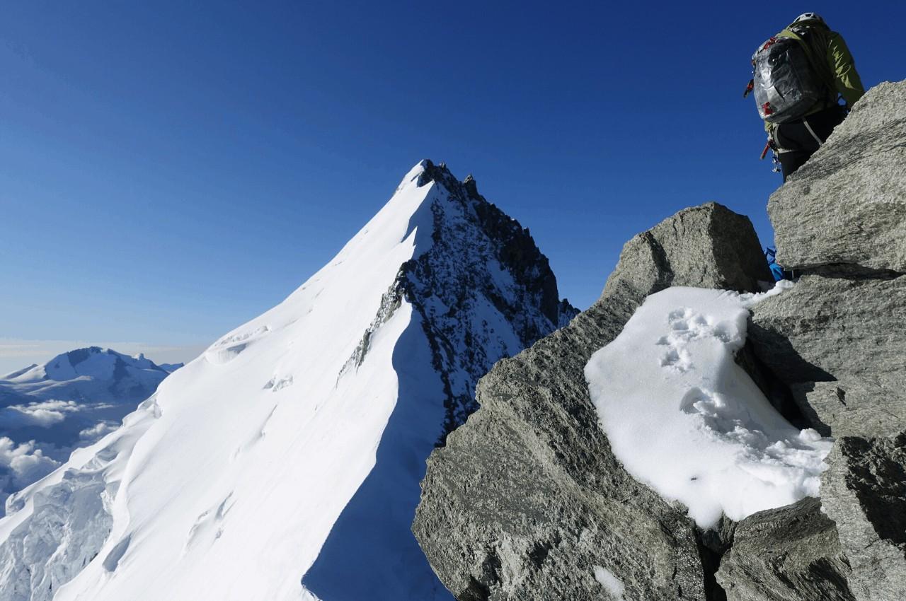 Titelbild Weisshornüberschrietung - Tourenbericht Weisshorn