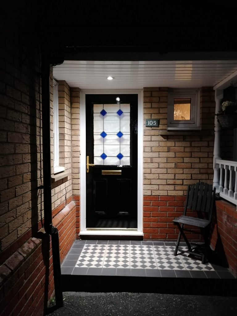 Read more about the article DIY painting a upvc door