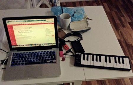 Image of laptop and mini MIDI keyboard