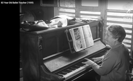 Screenshot of documentary from 1959 of Preobrajenska teaching in Paris