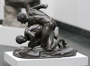 300px-Pankratiasten_in_fight_copy_of_greek_statue_3_century_bC