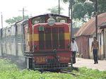 220px-Narrow_Gauge_Train_at_Rajim