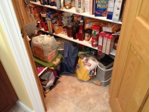 find the kitteh in pantry