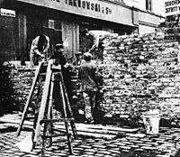 Walling Off Warsaw Ghetto
