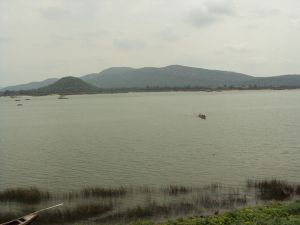 800px-Godavari_river_at_Parnashala_Bhadrachalam