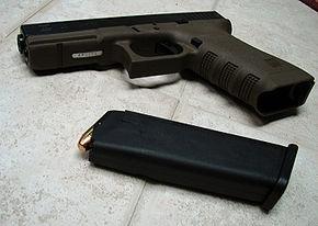 290px-Glock22inOliveDrab