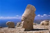01_The_Head_of_King_Antiochos,_Turkey (1)