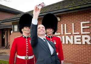 Sodexo PAYD Matt Dawson Selfie with Guards