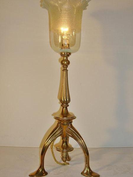 English trefoil cast brass table lamp, circa 1905