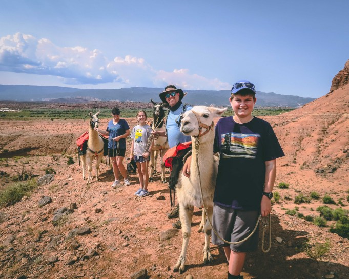 jones family llama hike