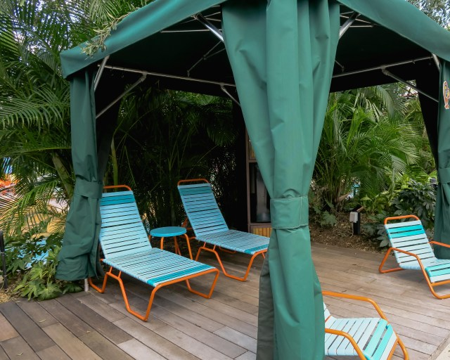 private cabana at aquatica water park