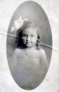 07 Margaret Lee Jones 4 years old Feb 6, 1910 Laredo, TX