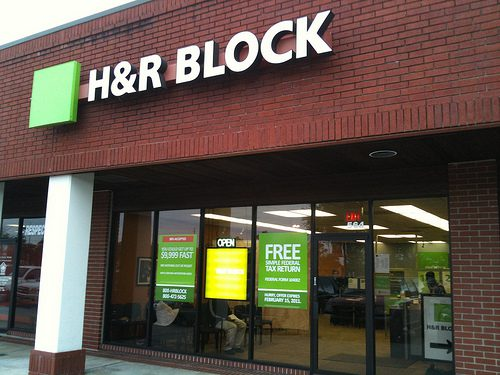 h and r block photo