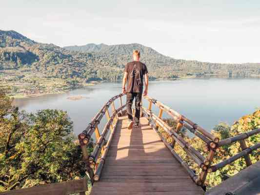 lake buyan bali, munduk bali, twin lakes bali, wanagiri hidden hill, wanagiri bali
