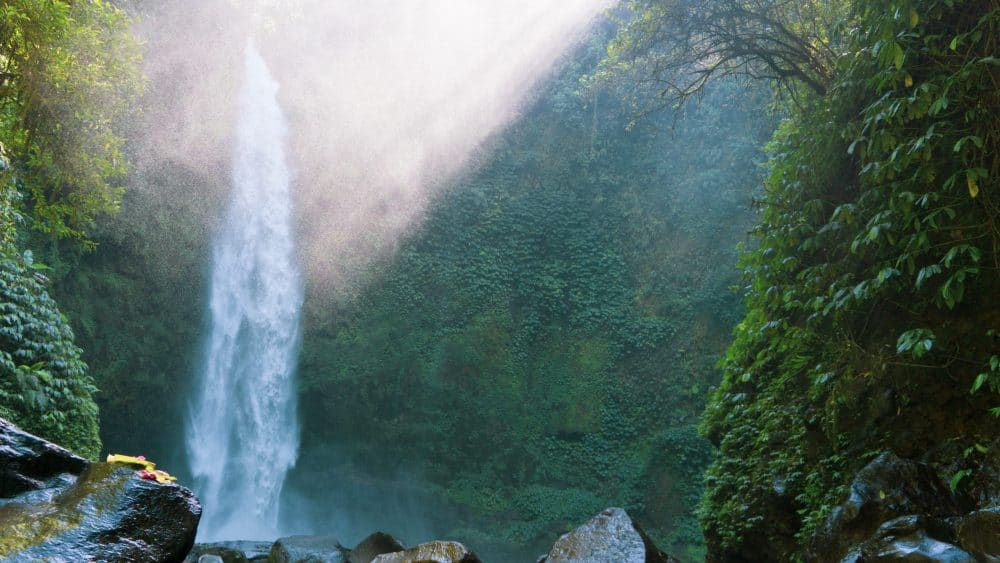 NUNGNUNG WATERFALL IN BALI – THE ULTIMATE GUIDE