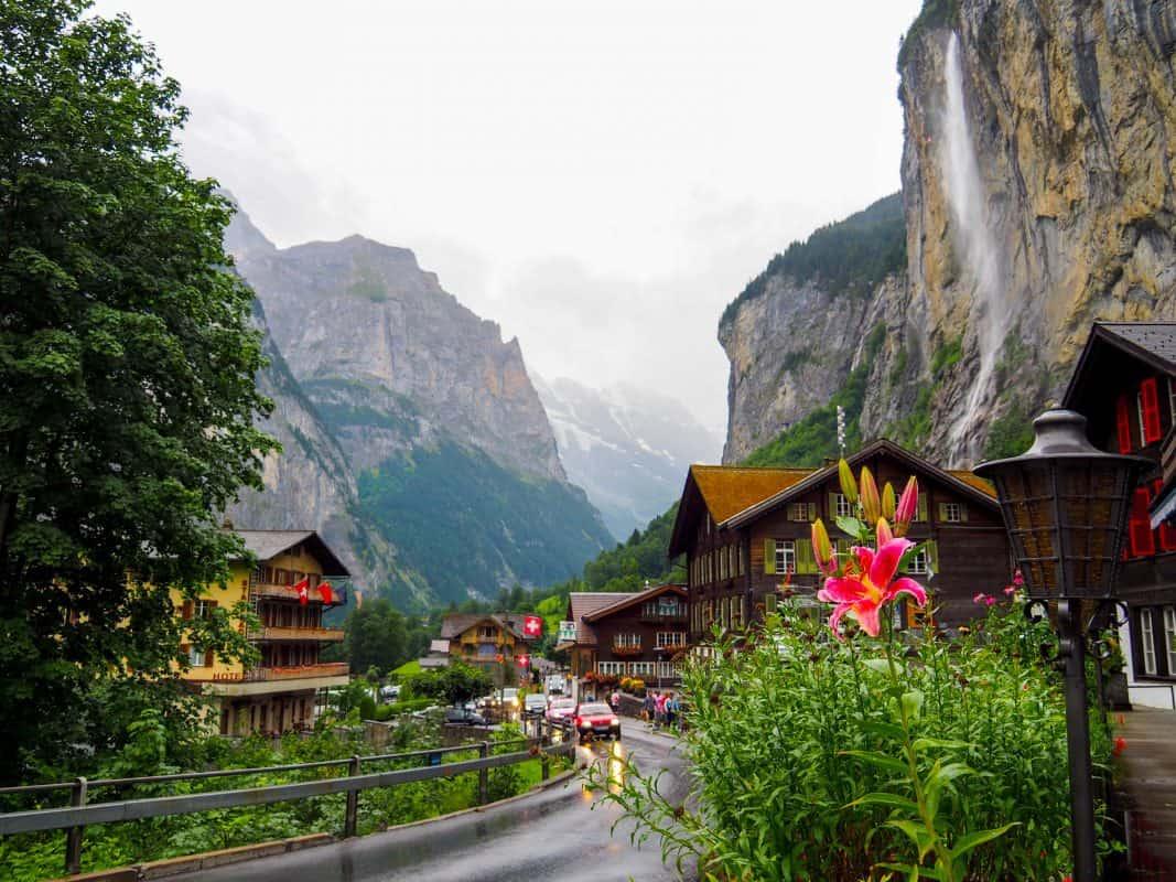 lauterbrunnen, lauterbrunnen switzerland, lauterbrunnen valley, lauterbrunnen waterfalls, switzerland lauterbrunnen
