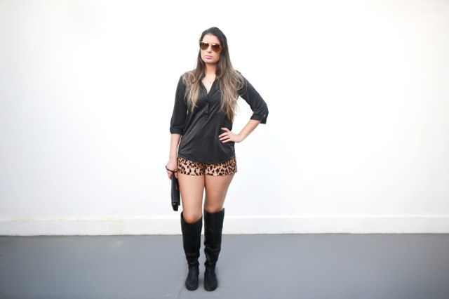 Shorts Animal Print e Bota Over The Knee