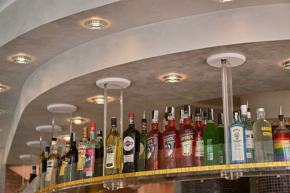 How to Start a Local Bar Business in Kenya