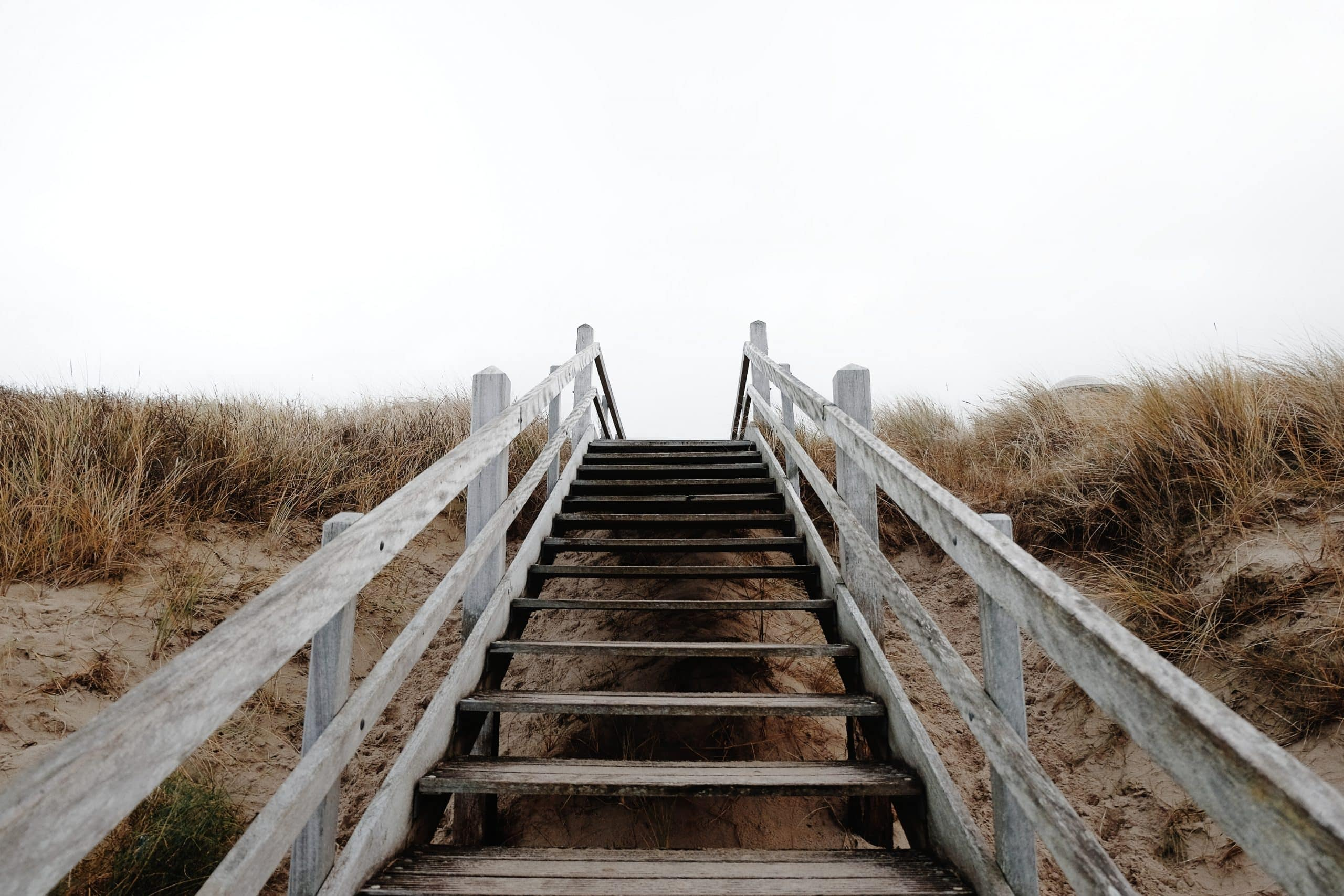 "Un instrument pentru opțiuni binare de tranzacționare ""Stairway"""