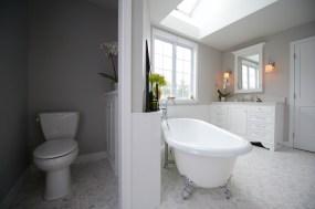 Commercial Interior Bathroom Photographer Jordan Bush Photography_Gingrich3