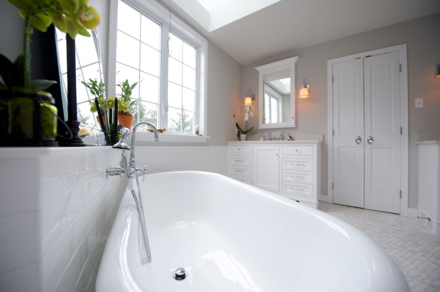Commercial Interior Bathroom Photographer Jordan Bush Photography_Gingrich9