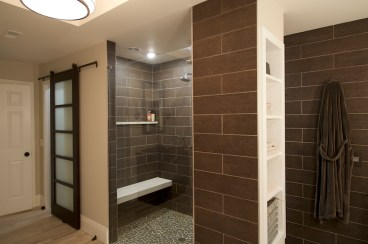 Commercial Interior Bathroom Pool Room Photographer Jordan Bush Photography_Gingrich4