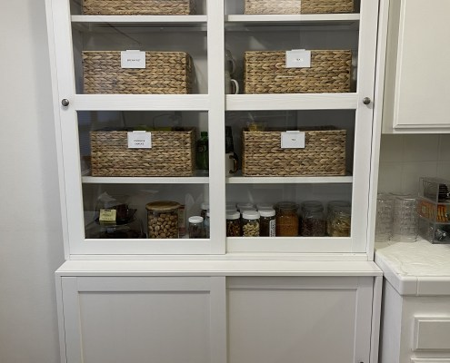 organized pantry, organized kitchen, clean kitchen shelves, organized cabinets, kitchen