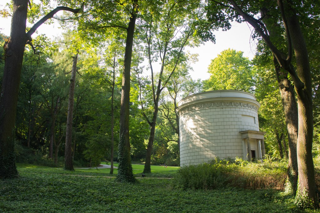 The Water Tower, built in 1777-78 and 1822, currently serves as a museum of jewelry