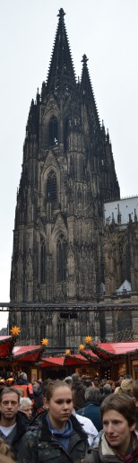 Cologne cathedral over the Christmas market
