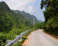 phong-nha-national-park-dirt-road-1240
