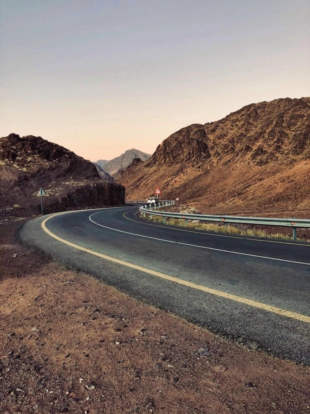 Driving in Jordan - Highway