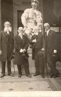 Mariano y asociados