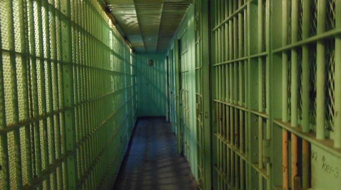 La Cárcel De La Clase Media