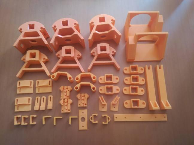 Impresión de piezas mecesarias para kossel mini