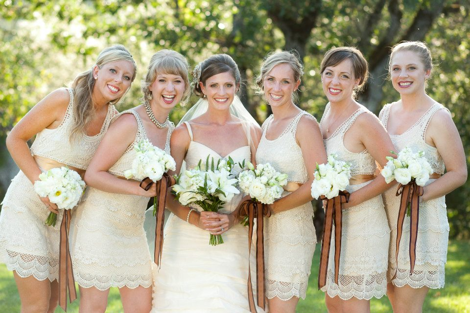 vintage white bouquets | Jessica Ormond Events | Coral Lee Carlson Photography