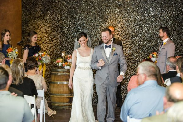 Winery wedding ceremony in West Texas. Wedding Planner Jessica Ormond Events. Caitlin & Ryan Photography.