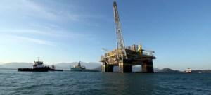 Queda no consumo mundial de petróleo não permitirá altas de preço, diz colunista