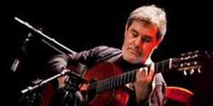 O violonista Marco Pereira apresenta obras de Dilermando Reis