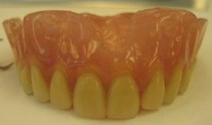 Revista traz avanços e resultados de pesquisas em odontologia
