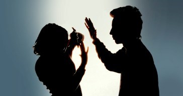 Violência contra as mulheres em amamentação também trouxe prejuízos às crianças - Gemahcastro via Wikimedia Commons / CC BY-SA 3.0